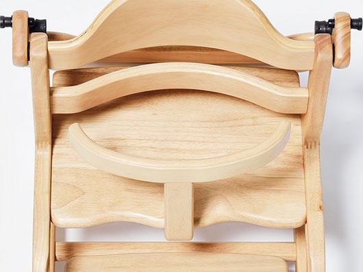 座りやすさを考えたデザイン。